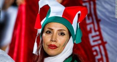 İranda qadınların stadiona girməsinə icazə verildi