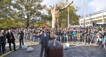 Nyu-Yorkda Azadlıq, İsveçdə Zlatan heykəli