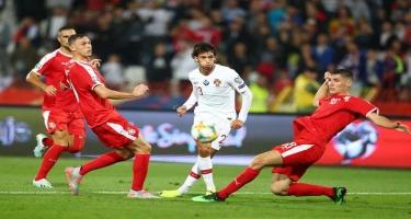 UEFA-dan irqçi şüarına görə iki oyunluq cəza