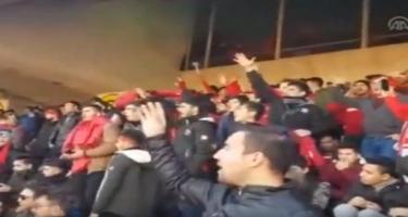 Tehran stadionunda Azərbaycan və Türkiyə şüarı - Video