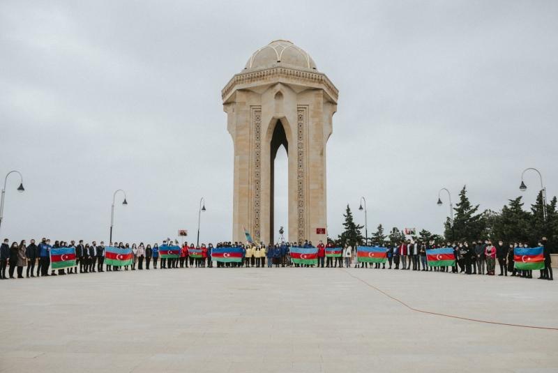 """""""Azərbaycan Könüllülərinin III Həmrəylik Forumu""""na start verildi (FOTO)"""