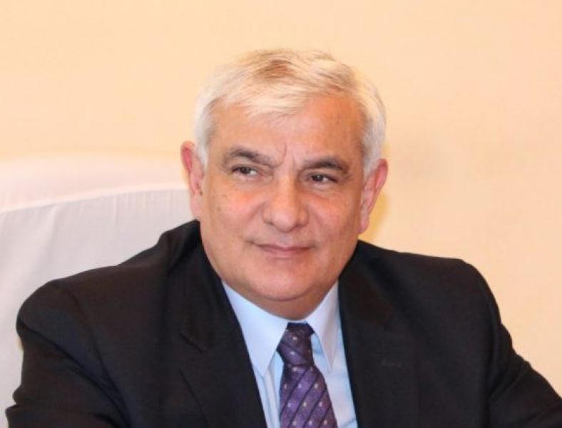 """Kamal Abdullaya """"Azərbaycan Xalq Cümhuriyyətinin 100 illiyi"""" yubiley medalı təqdim edilib"""