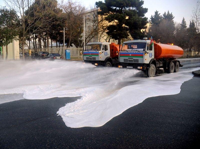 Bu gün Bakıda 554 küçə dezinfeksiya edilib (FOTO)