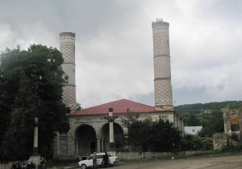 """Yuxarı Gövhər ağa məscidini """"fars məscidi"""" elan etməklə Ermənistan tarixi saxtalaşdırır - BƏYANAT"""