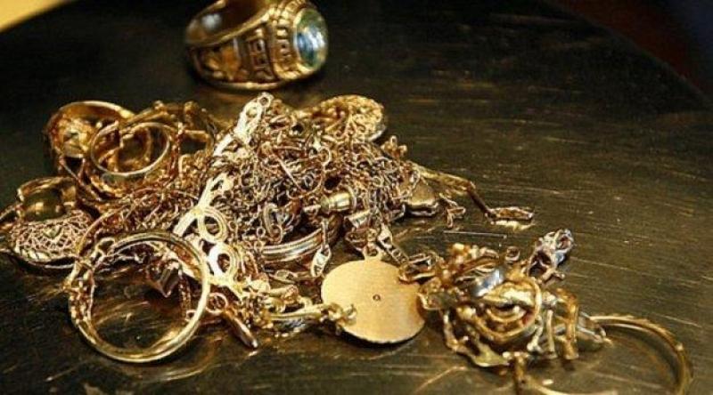 Azərbaycanda qızıl-gümüş bahalaşıb
