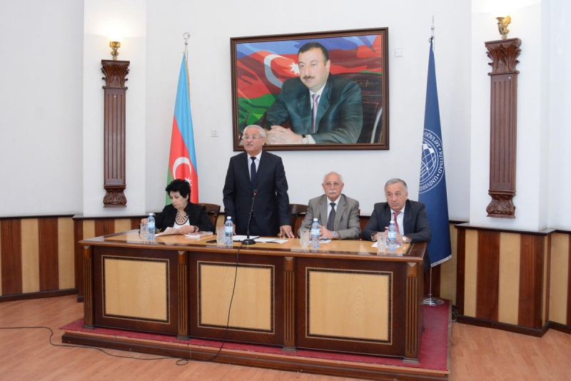 UNEC-də BDU-nun 100 illik yubileyi qeyd edilib (FOTO)
