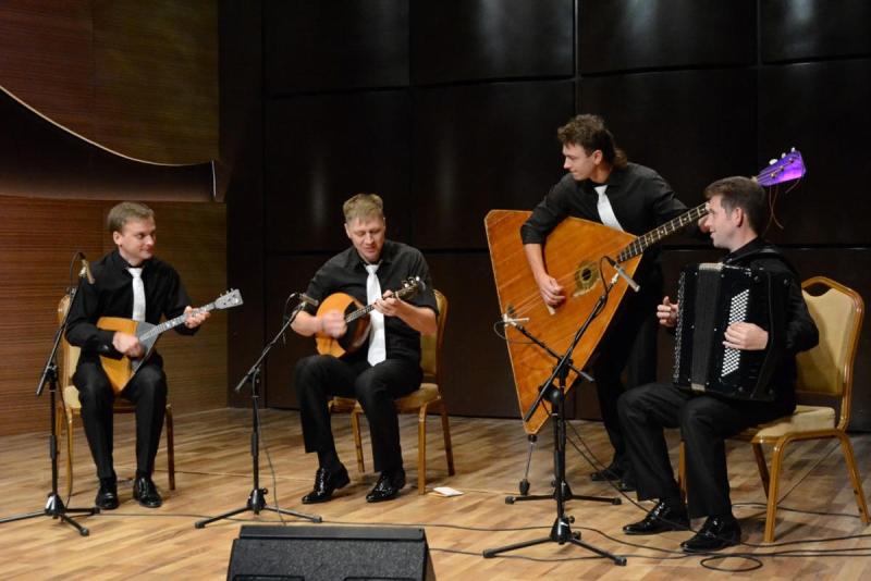 Bakıda Rusiya folklor kollektivlərinin konserti olub (FOTO)