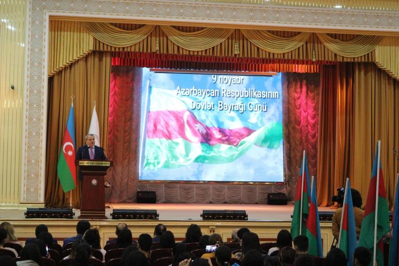BDU-da 9 noyabr - Dövlət Bayrağı Günü qeyd olunub (FOTO)
