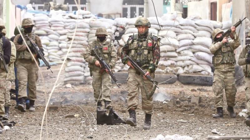 Suriyada antiterror əməliyyatları zamanı 2 Türkiyə hərbçisi həlak olub