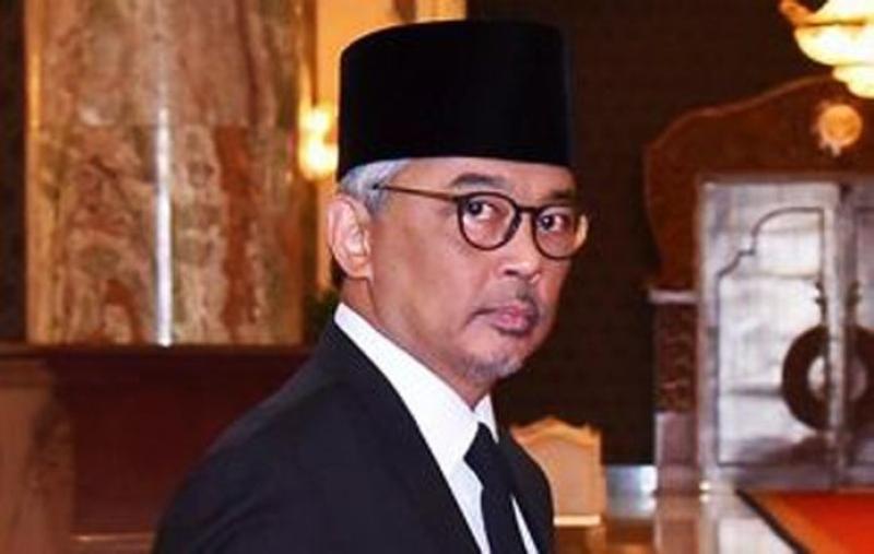 Malayziya kralı karantinə yerləşdirilib
