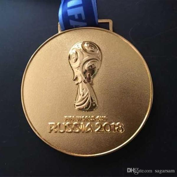 DÇ-2018-in qızıl medallarından biri hərracda satılıb