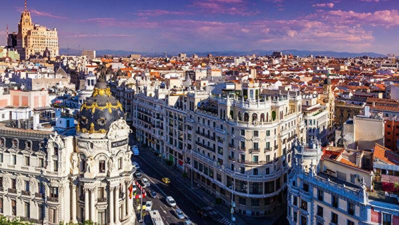 İspaniya turizm mövsümünün bərpa tarixini açıqlayıb