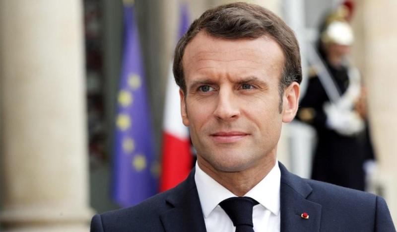 Makron Fransa konstitusiyasına dəyişikliklər edilməsi təklifinə razılıq verib