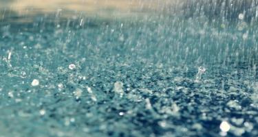 Sabah hava yağışlı, küləkli keçəcək