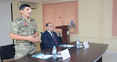 İlahiyyat İnstitutunda Qarabağ qazisi Kamil Musəvi ilə görüş olub (FOTO)