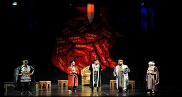 Milli Dram Teatrında mövsümün bağlanış mərasimi keçirilib (FOTO)