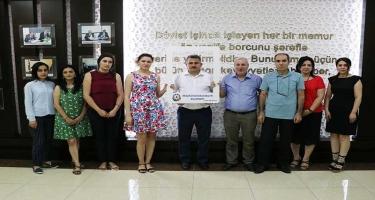"""Azərbaycan Universitetindən """"Köçkünlərlə bərabərik"""" aksiyasına dəstək (FOTO)"""