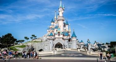 Disneyland Paris yenidən açılmasını 2 aprelə qədər təxirə saldı