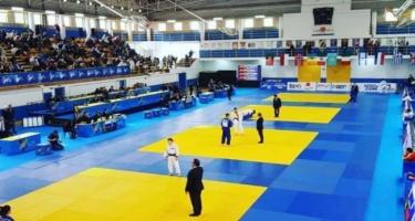 Yaşar Nəcəfov Aktauda bürünc medal qazandı