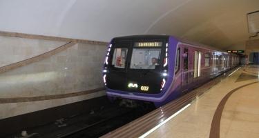 Bakı metrosunda daha iki qatar xəttə buraxılıb (FOTO)