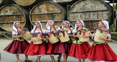 Şamaxı çariçası, hava şarı, əfsanəvi şou - I Azərbaycan Üzüm və Şərab Festivalı (VİDEO/FOTO)