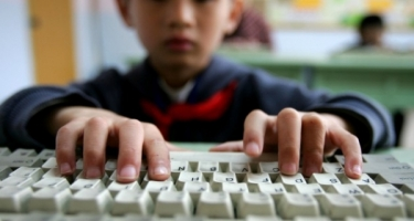 Azərbaycanlı uşaqlar internetdə daha çox nə ilə maraqlanırlar - Araşdırma