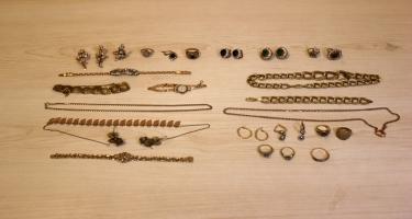 Xaçmazda dəyərindən ucuz satılan qızıllar oğurluq imiş (FOTO)