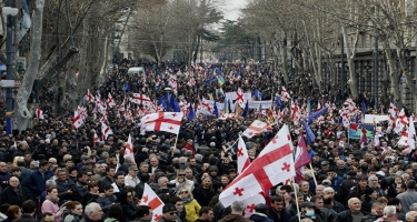 Tbilisidə etirazçıların dağıdılması zamanı 37 nəfər saxlanılıb