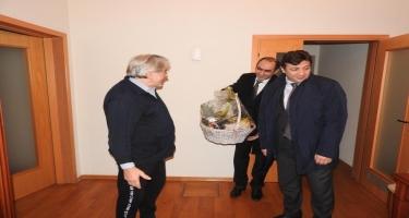 Səfir Azər Xudiyev Ukraynada nəsimişünas alim Pavlo Movçanla görüşüb (FOTO)