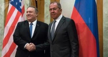 Pompeo və Lavrov Suriyada vəziyyətin nizamlanmasını müzakirə ediblər