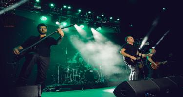 Haluk Levent Sura üçün xeyriyyə konserti verib (FOTO/VİDEO)