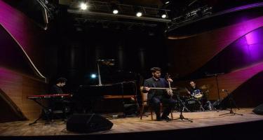 """Beynəlxalq Muğam Mərkəzində """"Kaman pıçıltısı"""" adlı konsert keçirilib (FOTO)"""