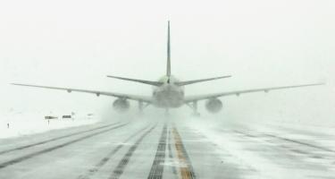 İranın aeroportu fəaliyyətini dayandırdı