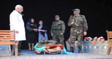 Sumqayıt Dövlət Dram Teatrında 20 Yanvar faciəsinə həsr olunmuş tamaşa nümayiş olundu (FOTO)