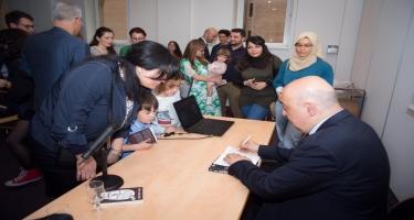 Çingiz Abdullayevin ''Şübhəsiz Metamorfoz'' kitabı fransız oxuyuculara təqdim olunub (FOTO)
