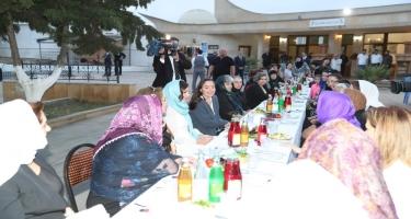 Birinci vitse-prezident Mehriban Əliyeva iftar mərasimində iştirak edib (FOTO)