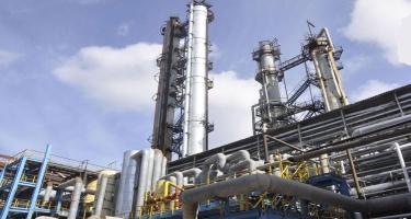 Şimali Amerikada neft emalı zavodları bağlanır