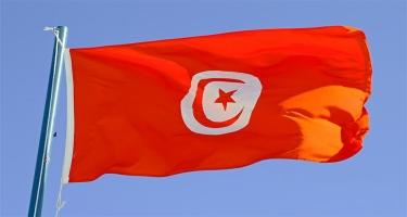 Tunis prezidenti fövqəladə vəziyyət rejimini altı ay uzadıb
