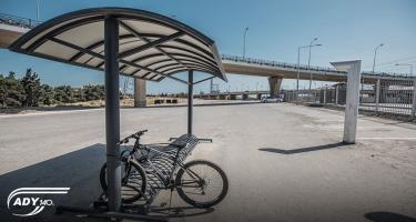 Dəmir yolu stansiyalarında pulsuz velosiped dayanacaqları quraşdırılır (FOTO)