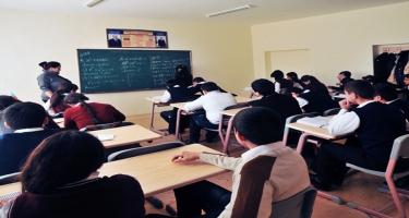Azərbaycanda təhsil sistemində çalışanların çoxu qadınlardır - RƏSMİ