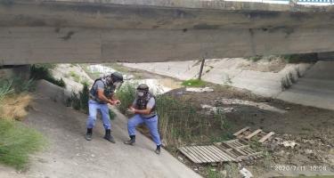 Xızıda körpünün altından 13 ədəd zenit top mərmisi və patronlar tapıldı (FOTO)